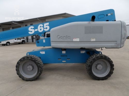 2010 GENIE S65